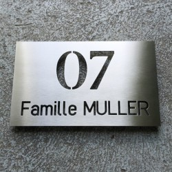 Plaque to be personalized - 9,84 x 5,91 inches ( 250 x 150 mm ) Through cut – Sealing spacers